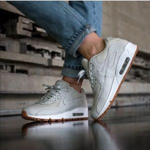 Women's Nike Air Max 90 Premium Light Bone Sneaker